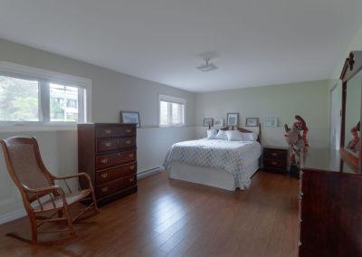 20 Downstairs bedroom