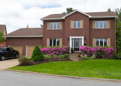 *** SOLD *** 22 Snowy Owl Dr, Bedford
