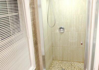 11 Bath 1