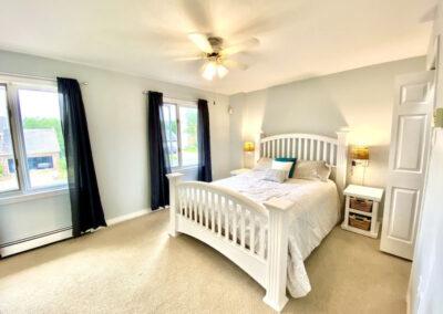 14 Bedroom1 (3)