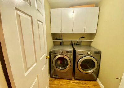 4 (2) Laundry