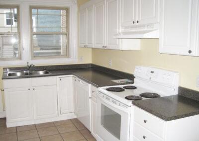 14 Middle Unit Kitchen